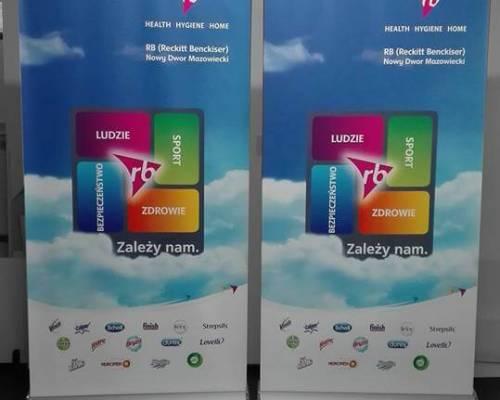 Warszawa - druk baneru typu roll up